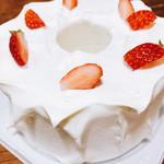アルピーヌ - 料理写真:シフォンケーキ
