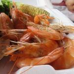 Romy's Kahuku Prawns & Shrimp - 此方は蒸しエビなんでガーリックは苦手という方でもあっさとした味なんで大丈夫ですよ。