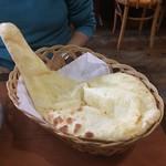 バンチャガル - 美味しいナン