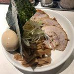 麺屋錦 - 「全部(トッピング5点)」410円