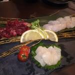 肉と魚 和バル 八 - 単品で注文した3種類のお刺身