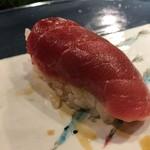 第三春美鮨 - シビマグロ 166.6kg 腹上二番 中トロ 一本釣 熟成5日目 青森県三厩