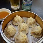 上海人家 - 蟹入り小龍包 値段忘れたけど結構した