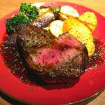 Beer&Beef Dinning Cariage - ◉和牛ステーキ 上ランプ  税込み2200円 和牛ステーキが美味しいお店でした