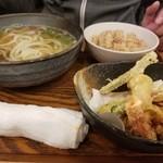 たべよし - 天ぷらセット 890円