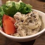 MEGRO Dining - 里芋とアンチョビのポテトサラダ ¥380