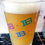 Kurafutobiabaruaiburyu - 美味しいクラフトビール(ハーフパイントサイズ)
