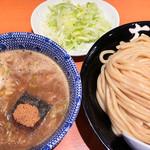 98375837 - つけ麺(税込\830)+大盛り(税込\100)+ネギ増し(税込\100)