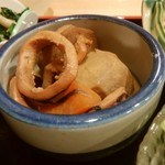 おばんざい屋 ふぅ - おばんざいセットのイカと里芋の煮物