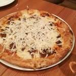 ピッツェリア・アル・カミーノ - 鹿肉?だったかな チーズとこの後に白トリュフがかけられました