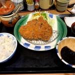 かつ雅 - 料理写真:ジャンボロースカツ定食(200g)