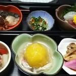 八幸 - 昼膳の小鉢