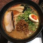 中華麺食堂 亀吉 - 辛味噌700円