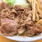 手打ちうどん なべ - 肉天うどんの肉