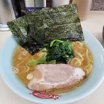 町田家 - ラーメン 720円