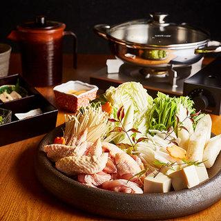 贅沢に比内地鶏を楽しめる極上の鍋