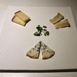ローデヴィーニュ - 仏産チーズの盛り合わせ