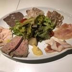 ローデヴィーニュ - 前菜の盛り合わせ(ハーフ)1800円