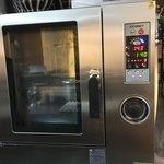 98417919 - 高級オーブン! 蒸す。焼く。煮る。