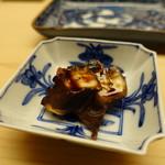 銀座 鮨青木 - 蛸の桜煮