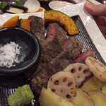 神戸野菜とフルーツ kitchen de kitchen~キッチン デ キッチン~ - ステーキもこの日は用意して下さいました!