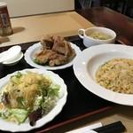 ハッカク - 五目炒飯、唐揚げ、サラダ、本日のスープセットです(2018.12.14)