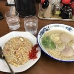 一龍ラーメン - 料理写真: