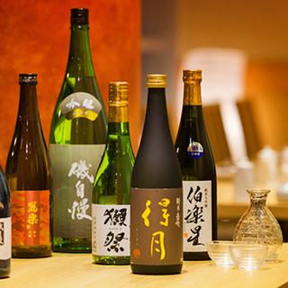 日本各地の風土が活きた個性豊かな地酒。お気軽にお尋ねください