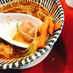 麺食堂 88 - つけだれの中にはゴロチャー、メンマ、白ネギ