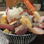 98432553 - 「特上海鮮丼」(1,500円)