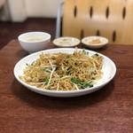 同盛昌 - 上海炒麺定食(590円)