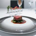 イル コラッツィエーレ - 加藤さんの愛鷹牛フィレ肉のタリアータ ポルト酒のソース☆