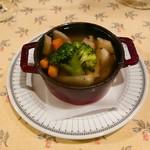 レストラン アビチュエ - 料理写真:ポトフ(¥680)
