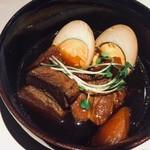 居間居酒屋 ハマヤマ - 豚の角煮
