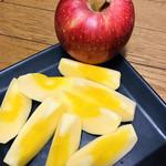 りんごの里 - 料理写真:凄い黄色い〜〜! みつがたっぷり!!