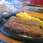 ブロンコビリー - 料理写真:極み炭焼きブロンコハンバーグ250g