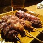 よこ山 - 朝〆め新鮮な鶏で旨い!!
