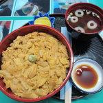 なぎさ食堂 - 生ウニ丼大盛り(3000円)※ムラサキウニ