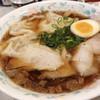 尾道ラーメン 十六番 - 料理写真:ワンタンメン