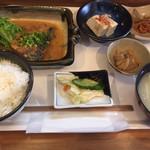 楓 - 料理写真:サバ味噌定食  760円