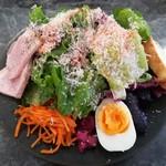 98467871 - たっぷり野菜のランチプレート(1ドリンク付き)(税別1500円)