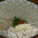 めし処 通 - トラフグ刺し盛1人前¥3500-