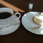 シャンゼリゼ - コーヒーはセットで200円引き