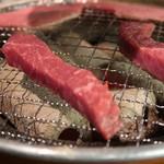 炭火焼肉 仁 -