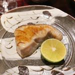 東麻布 天本 - 鰆焼き物
