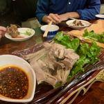 馬記 蒙古肉餅 - ラムのモンゴル風旨蒸し 2800円