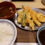 えびのや - 鮭と旬野菜の天ぷら定食