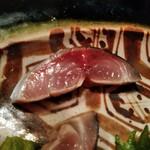 まるもと - 三重産真鯖は酢洗い程度
