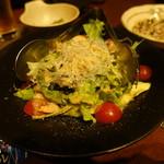 新九 - 海老とアボカドの和風シーザーサラダ