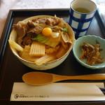 新南愛知カントリークラブ - ミニ丼セットのすき焼き丼(セットは1400円)